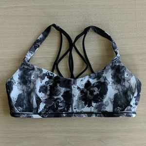 Lululemon Free to Be Bra *Zen